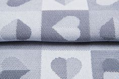 Heartbeat Silver #weavingstudio #fabricart #cottonfabric #heartbeat #grey #silver