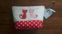 Cat makeup Bag, machine free motion embroidery with 2 cats in love applique…