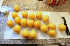 Homemade Limoncello (easier than you think! Bartender Drinks, Cocktail Drinks, Alcoholic Drinks, Cocktails, Limoncello Recipe, Homemade Limoncello, Lemon Desserts, Lemon Recipes, Dessert Recipes