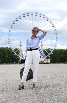CHEMISE BLEUE CIEL LASZEL Bordeaux, Khaki Pants, Lifestyle, Blog, Fashion, La Mode, Khakis, Moda, Khaki Shorts
