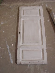 Mini daydreams: Making a shabby panel door / Peilioven tekoa