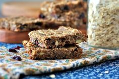 Blueberry Pecan Oatmeal Bars with flax and no refined sugar! Dairy-free, too.