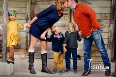 Family Picture Pose Ideas with 3 Children - Capturing Joy with Kristen Duke Fall Family Pictures, Family Picture Poses, Family Picture Outfits, Family Photo Sessions, Family Posing, Family Portraits, Family Pics, Fall Photos, Family Photo Colors