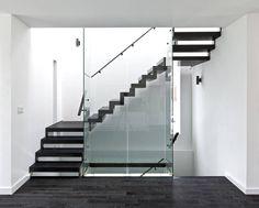 Patio House / Reza A
