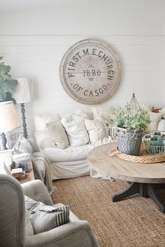 Neutral home decor -