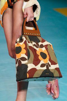 Miu Miu, 129 самых красивых сумок Недели моды в Париже