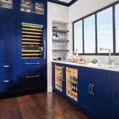 Downstairs Bar: Wine Storage & Refrigeration | IW-30R | Sub-Zero & Wolf