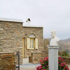 Tinos island, Greece  |  one photo a day  |  ph.no368, 01.09.2016  |  last man standing @ Sklavohorio