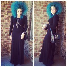 #Goth girl @kazlovesbats