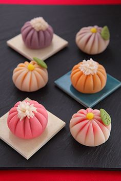 Japanese sweets, Wagashi 和菓子 #food #Japanese #sweets