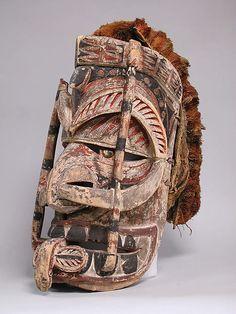 Mask (Tatanua), late 19th–early 20th century, Papua New Guinea, New Ireland, New Ireland, Medium:Wood, fiber, barkcloth, paint, shell