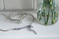 Bracelets, Silver, How To Wear, Jewelry, Fashion, Moda, Jewels, Fashion Styles, Schmuck