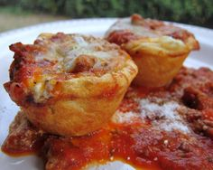 Lasagna Biscuit Cups.  Looks delicious! Cant wait to try