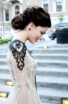 #wedding #dress #bride #bridal #princess #romantic #vintage #lace #hair #hairdo #hairstyle #updo