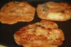 Vegan Nokdu-jon (Mungbean Pancakes) Recipe from http://vegan8korean.wordpress.com/2010/11/30/vegan-nokdu-jon-mungbean-pancake-recipe/.