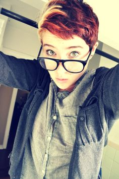 short red hair - this is adorable, though I won't be cutting my hair that short, probably ever.