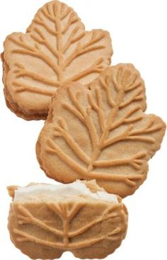 Leaf-Shaped Maple Cream Cookies with the flavor of real maple syrup sandwiched In the middle. I buy these year round @ Dollar Tree & Dollar General store. Canadian Cuisine, Canadian Food, Candy Recipes, Snack Recipes, Best Maple Syrup, Maple Leaf Cookies, Biscuits, Maple Cream, Cute Cookies
