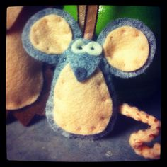 Felt Mouse.  Handmade by Robinson&Co