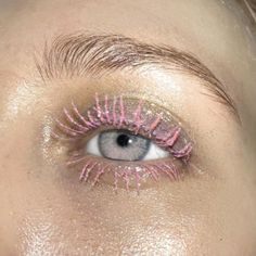"855 Likes, 21 Comments - TOP GIRL STUDIO. (@topgirl.studio) on Instagram: ""this summers look : pink spider lashes. #topgirlstudio #crushinghard @beasweetbeauty """