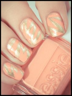 Best nail art designs for beginners http://www.mymagicmix.com/30-easy-diy-nail-art-designs-beginners/
