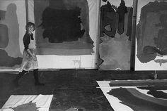 Helen Frankenthaler photographed by Alexander Liberman.