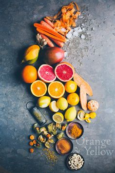 Vitamin C ❥➥❥ is found in citrus fruit, rosehip and mango, and is in fact a strong #antioxidant, helping repair and protect the cells in our bodies. Turmeric has highly anti-inflammatory and healing properties (add 1 tsp to your daily routine).  Recipe (Serves 2): 1 #mango, peeled and stoned 1/2 #orange, peeled 1 raw #carrot (shredded if you don't have a high–speed blender) 1 handful soaked #cashew…