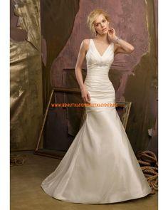 2013 Elegantes V-Ausschnitt Brautkleid aus Satin mit Kristall