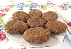 Chiftelute de Post cu Ciuperci si Cartofi poza 6 Foodies, Diy And Crafts, Muffin, Food And Drink, Breakfast, Ethnic Recipes, Cakes, Morning Coffee, Cake Makers