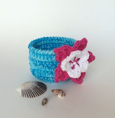 Tropical basket crocheted bowl - perfect for a destination wedding or tropical theme - by TheKnottyNeedle, $18.00