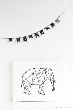 Geometric Stitched Animal Art - Love Grows Wild : DIY: geometric stitched animal art The perfect piece of art to add a little whimsy to any space! Learn how to make Geometric Stitched Animal Art with this detailed photo tutorial! Diy Projects To Try, Crafts To Do, Arts And Crafts, Geometric Art, Geometric Elephant, Geometric Animal, Elephant Art, Giraffe, Idee Diy