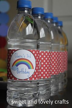 Cute! I have also filled these up with glitter and shrinky dinks and an invite for a luau party! Looks like a message in a bottle!