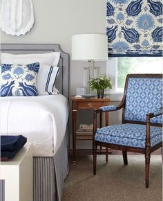Blue Patterned traditional Chair