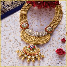Gold Wedding Jewelry, Bridal Jewelry Sets, Gold Jewelry, Gold Necklace, Antique Jewellery Designs, Gold Earrings Designs, Gold Jewellery Design, Gold Pendant, Pendant Jewelry