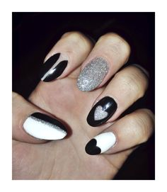 CND Shellac   Nail Art   Gel Nails   Valentine's Day Nails   Monochrome   Hearts   Glitter   Holographic   Bellmore   Long Island   NY