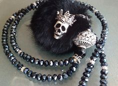 Charm- & Bettelketten - geRIPpe *BLACK BLUES* AKR 8 GOTHIC BETTELKETTE - ein Designerstück von pomp-and-jewels bei DaWanda