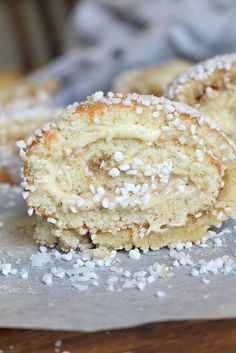 Kanelbullerulltårta Cookie Desserts, Cookie Recipes, Dessert Recipes, Bagan, Dairy Free Treats, Swedish Recipes, Swedish Foods, Different Cakes, Baked Goods