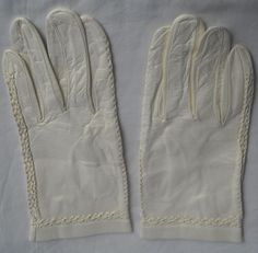 Beautiful Vintage Ivory Faux Leather Gloves W/ Lovely Details Ships Free to USA $12.99