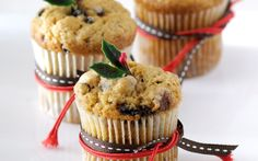 Whip up these delicious mini-muffins for the perfect festive season morning tea treat. Christmas Cupcakes, Christmas Minis, Christmas Treats, Christmas Recipes, Fruit Recipes, Muffin Recipes, Cupcake Recipes, Choc Muffins, Mini Muffins