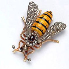 Victorian bee brooch
