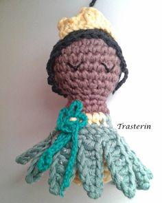 Princesa Tiana de Tiana y el sapo. Se parece? .  #princesadisney #princesaamigurumi #tiana #tianaamigurumi #tianayelsapo #crochet #crochetaddict #trasterín #trasterinamigurumis #tejereselnuevoyoga #ganchillo #ganchilloadictas #amigurumi by trasterin_amigurumis