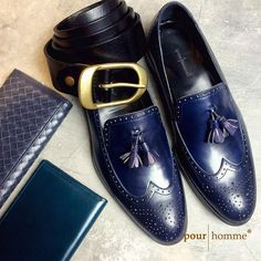 Look at us gents We r looking at you also  #blue #leather #genuineleather #calfskin #lambskin #vscocam #vscohochiminh #vscovietnam #Gentlements #loafers #longwallet #passportcover #HandMade #Goodyear #BlakeStiched #CowHideSkin for Upper #2ndCow for inner #Lambskin for linings ---#pourhomme--- www.pourhomme.com.vn http://ift.tt/1fY1nvP http://ift.tt/1I5yhH7 http://www.twitter.com/pourhommevn http://ift.tt/1I5yhH9 27bis Tran Nhat Duat Tan Dinh D1 HCMC 84.909.352.905 (viber/line/isms)