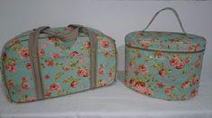O kit contem uma mala, uma frasqueira e uma nessecerie!    Pode ser feito em outras estampas, dependendo da disponibilidade dos tecidos.