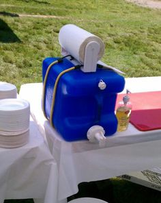 Hand wash station Love this idea for outdoor church picnics or cookouts, bonfires, sporting events.