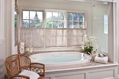 61 Trendy bathroom window treatments over tub privacy Bathroom Window Privacy, Bathroom Window Treatments, Bathroom Windows, Bathroom Curtains, Bath Window, Bad Inspiration, Bathroom Inspiration, Bathroom Ideas, Bathroom Spa