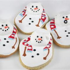 Icing and marshmallows create snowman cookies that are really feeling the heat. | #National Cookie Day —December 4th (The Best Rolled Sugar Cookies)