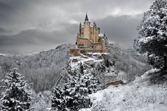 Alcázar of Segovia, Spain. How is this even a real place.