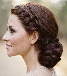 Wedding Hairstyles : Illustration Description braided bridal bun hairstyle for wedding Bridal Hair Buns, Bridal Braids, Wedding Hair And Makeup, Hair Makeup, Braided Hairstyles For Wedding, Elegant Hairstyles, Bride Hairstyles, Pretty Hairstyles, Braided Updo