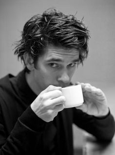 Ben Whishaw has a cup of tea.