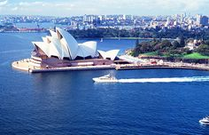 Where millionaires are moving to (and why) might surprise you. According to a new study by New World Wealth, more high net worth individuals moved to Australia last year than to any other country. …
